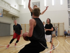 Basketbola turnīrs pamatskolas klasēm